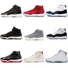 Botas de piel de serpiente baratas online-Nike Air Jordan 11 Barato nuevo mens Jumpman 11 XI zapatos de baloncesto de corte bajo 11s Ceremonia de clausura de oro Snakeskin vuelos j11 sneakers boots
