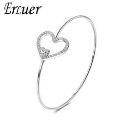 2020 pulseras de plata simples para niñas. Brazaletes de moda para las mujeres en forma de corazón amor de cristal joyería de plata chica simple fiesta de la manera pulsera de la boda de regalo de San Valentín pulseras de plata simples para niñas. baratos