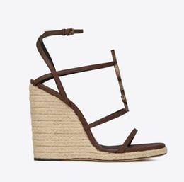 2019New Moda de Luxo sandália de cunha sapatos de Designer mulheres sapatos de Designer COM CAIXA ORIGINAL Hot Designer Feito à Mão Tamanho: 34-41 Com caixa Y2 de Fornecedores de brilho de borgonha