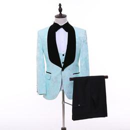 blazer blu cielo per gli uomini Sconti Giacca da uomo blu cielo personalizzata Abiti da sposo con scialle nero Risvolto slim fit uomo Prom Wear Blazer 3 pezzi (giacca + pantaloni + gilet + papillon)