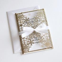 Convite do casamento do inverno Glitter, Convite do floco de neve Laser Cut, casamento elegante convida Ouro Convites do casamento do Glittery com Bow de