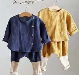 Anzug schief online-Stilvolle INS Infant Baby Kinder Jungen Mädchen Anzüge Bio Leinen Baumwolle Schräge Holzknöpfe Patchwork Gestrickte Hosen Kinder Kleidung Sets 0-2 T