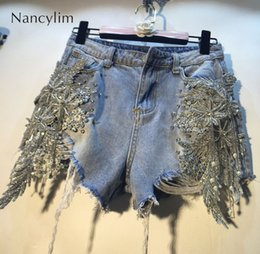Perline di denim online-Streetwear Pantaloncini Hot Pants Donna Lady Summer New Pesante Perline Paillettes Stereo Fiori Vita alta Fori skinny Denim Pantaloncini Donna