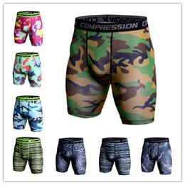 2019 costume de super héros Nouveau été camouflage hommes formation impression fitness fitness running pantalon élastique shorts à séchage rapide sous-vêtements de gym vêtements de sport