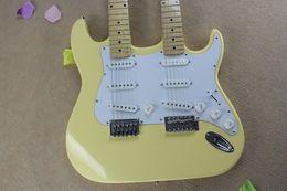 2019 guitares électriques jaunes Livraison gratuite en gros jaune clair guitare électrique double cou, plaque en érable, fait sur mesure. promotion guitares électriques jaunes