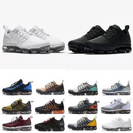 Buenas zapatillas para correr online-Run Utility Mens Designer running shoes 2019 para hombre Cushsion 360 Trainers Outdoor Superstar Cheap run Senderismo Jogging Sneakers 40-45