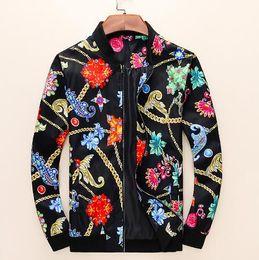 Casaco jaqueta novo on-line-2019 Explosão Novo Zip Jacket Elastic Cuffs dos homens de Design Da Marca Leve Bordado ERSACE 3D Impressão Jaqueta bordado