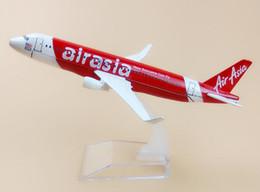 Canettes asiatiques en Ligne-16 cm Asiatique Air Asia Airlines Airbus 320 A320 maintenant tout le monde peut voler modèle d'avion avions modèle d'avion w stand