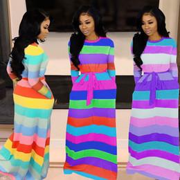 sexy vestidos de talla mediana más largos Rebajas Summer Bodycon Club Dresses 2019 New Style Women falda de manga larga sin tirantes bodycon Color del arco iris Elegante vestido a rayas de una pieza Bodycon