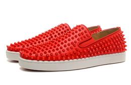 Дизайнерская мода Red Bottom Шипованная Шипы Плоская обувь Для Мужчин Женщин Блеск Любители вечеринок Натуральная кожа повседневная кроссовки от