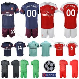 FC Soccer Arsenal Goalkeeper 1 Petr Cech Jersey Set 2018 2019 Men 19 Bernd  Leno Football Shirt Kit Uniform Custom Name Number 301fa78dd
