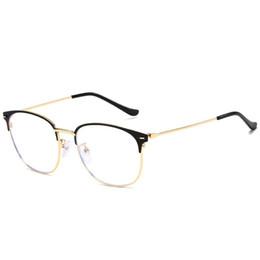Occhiali da donna lente chiara online-Montature per occhiali Montature da vista Montature per occhiali per donna Uomo Clear Glasses Womens lenti trasparenti Lenti Mens Designer Montature per occhiali 8C7J36