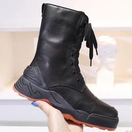homens da boina do cowboy Desconto Sapatilha Bota Alta Top Womens Designer Tênis Ankle Boots Botas Mulher Moda Bota Feminina Sapatos de Grife com Caixa e Sacos