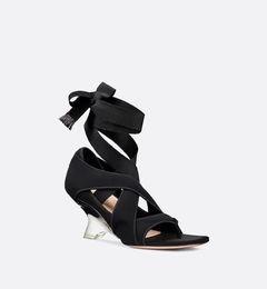2019 Модные черные серые женские босоножки на каблуке Alien Fancy на каблуке Клип-туфли Женская обувь на шпильках supplier cross heels от Поставщики крест-накрест