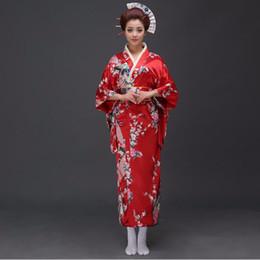 Сексуальный женский костюм женщин онлайн-Traditional Women Sexy Satin Kimono Yukata With Obi Performance Dance Dress Japanese Cosplay Costume Flower One Size