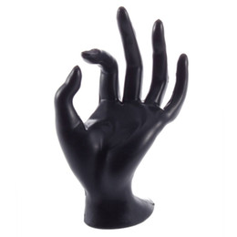 Takı Ekran Yüzük Bilezik Kolye Asılı El Tutucu Stand Gösterisi Raf Reçine Promosyon Yaratıcı TAMAM Jewerlry Tutucu Konteyner supplier jewelry display hand stands nereden mücevher sergi el standları tedarikçiler