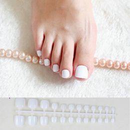 Pregos acrílicos doces on-line-24 pcs Branco Acrílico Toe Nails Meninas Falso Praça de Imprensa Sobre As Unhas Para O Pé Articficial Doces Macaron Cor Unhas Falsas
