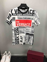 diseño especial camisetas Rebajas 2019 verano nueva camiseta de manga corta con el nuevo diseño de la marca para hombre. Oferta especial de la marca para hombre. Cuello redondo, camiseta de impresión de letras M-3XL.