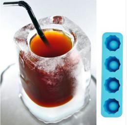 Argentina Hielo de la bandeja del molde del cubo Hace que vasos de moldeo del hielo de la novedad de los regalos de hielo de la bandeja de verano Beber herramienta c397 Suministro