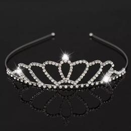 Hermosa Brillante Cristal Nupcial Tiara Partido Pageant Plateado Corona Diadema Barato Boda Tiaras Accesorios MMA1625 desde fabricantes