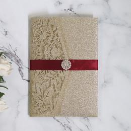 Convite do casamento do brilho do ouro Cartões ocas 5PCS elegante cartão originais do casamento convites / Atacado cartão Definir saudação de Fornecedores de fada convites