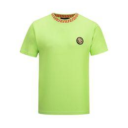 4a8d01bee88a 19ss new luxury designer round neck T-shirt streetwear Europe and Paris  Paris men's LOGO cotton casual men's T-shirt