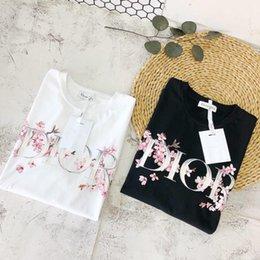 2019 cherry print top frauen T-Shirt der Frauen neuer Ankunfts-Sommer-Art- und Weiseluxusdruck des Kirschblüten-Musters mit zwei Farbdesigner-Spitzen-T-Stücken S-L Großverkauf günstig cherry print top frauen
