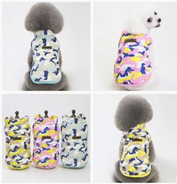 giacca modello gatto Sconti Camouflage Pattern Dog Cotton Coat Pet Plush Vest Winter Warm Cat Vestiti per gatti Fashion Puppy Kitten Jacket