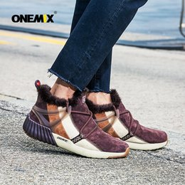 ONEMIX Stivali invernali nuovi da uomo Caldi sneakers in lana Outdoor  Unisex Scarpe da ginnastica sportive Comode scarpe da corsa Saldi   174960 29f8799e420