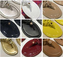 2019 sandali inferiori spessi marroni 2019 Le donne del progettista sandali in stile classico signore di marca Infradito Multi Colore Taglia 35-43 ragazza di lusso diapositive marca sandali donne B102403K