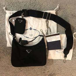 yüksek kaliteli kadın Göğüs paketi bayan Bez zincirleri çanta presbiyopik çanta yeniden baskı 2005 naylon omuz çantası için omuz çantasını tasarımcıları nereden toptan kelebek baskılı el çantaları tedarikçiler