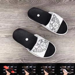 631bbe82e 2019 tacón alto Alta calidad hombres mujeres moda zapatillas al aire libre  plataforma interior sandalias damas