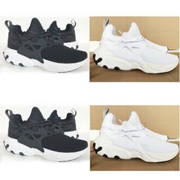 Comprar zapatos de baloncesto online-2019 Compre el modelo de zapato para correr de baloncesto informal popular, Nuevas zapatillas de deporte para hombre, para mujer, tamaño 13, Triple, Negro, Blanco y Gris, Multi color