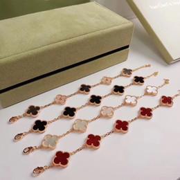 Braceletes de charme de prata e prata esterlina on-line-Vintage Alhambra S925 Prata Cinco Cristal De Cerâmica Quatro Folhas Trevo Flores Charme Pulseira Para As Mulheres Da Moda Jóias
