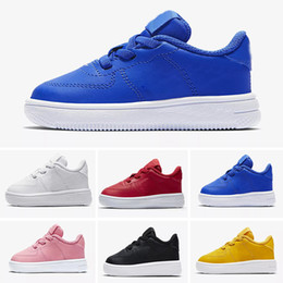 Chico cortado online-Nike air max force fly 2019 New White Classical Kids Forces Triple White Black Red Low Cut Children Boy Girls Sports Sneakers Zapatillas de correr Un tamaño 28-35