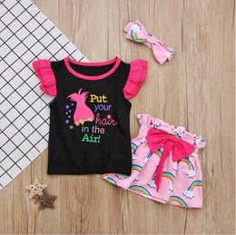 Unicorn gökkuşağı Kızlar suits Yaz çocuklar giysi tasarımcısı kızlar kıyafetler 3 adet Tops + etek + yaylar kafa kızlar giysi ço ... nereden