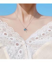 Colar de cristal azul oceano on-line-Hot Chic Oceano Vento Colar Pequeno Fresco Azul Gradiente Sereia Colar De Cristal Exquisite Presente de Aniversário Da Menina