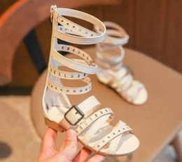 2019 sandali gladiatore delle ragazze alte 2019 New Summer Girl Sandali romani Sandali tessuti intrecciati Scarpe principessa Rivet Gladiator Baby Boots Scarpe da donna di alta moda sandali gladiatore delle ragazze alte economici