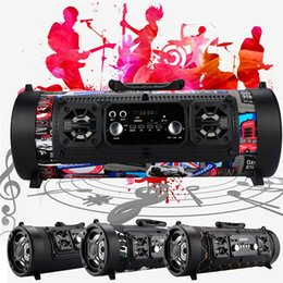 bluetooth ch Sconti Altoparlanti portatili CH-M17 Altoparlante Bluetooth senza fili LED colorato microfono a botte di luce Supporto per subwoofer portatile esterno Bluetooth