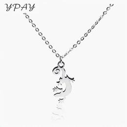 Collares de gecko online-Señoras de la moda gargantilla de acero inoxidable collar colgante gecko pequeño colgante accesorios de vestir para mujer joyas regalos