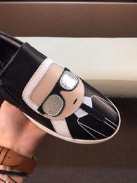 2019 chaussures formelles Chaussures habillées pour hommes Chaussures habillées noires Mocassins à talon compensé Chaussures basses en cuir Chaussures paresseuses pour hommes chaussures formelles pas cher