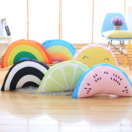 2020 caras de almohadas Rainbow Smiling Face Throw Pillow Summer Fruit Sofá Cojín con cremallera Extraíble y lavable Lumbar Support Pillow Nursery Bedding M420 caras de almohadas baratos