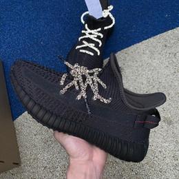 2019 marca de zapatos oscuros resplandor 2019 New Clay Hyperspace Glow in the Dark Zapatillas de deporte reflectantes estáticas Kanye West Designer Brand negro Hombres Mujeres Zapatillas de deporte 36-46 w0 marca de zapatos oscuros resplandor baratos