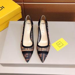 Elegante tiefe fersen online-18ss lackleder Low Heels Schuhe Frauen Professionelle Schuhe Damen Flacher Mund Arbeitsschuhe Elegante Damen Büro Schuh