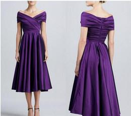 Фиолетовая тафта Длина чая Платья для матери Платья с короткими рукавами V-образным вырезом с плеча Платья для матери невесты для выпускного вечера от