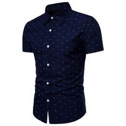 Yeni erkek marka yaz nefes kısa kollu Avrupa yard çapa baskı moda rahat Ince plaj kısa kollu gömlek 3XL nereden