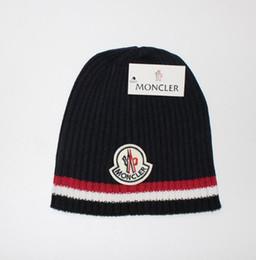 2019 fios de fantasia lenço 2019 qualidade quente outono inverno unisex chapéu de lã moda casual carta chapéus para mulheres dos homens designer de cap AA46