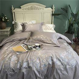 2020 juegos de fundas de edredón bordadas Lujo bordado 120S algodón egipcio Gris Royal Bedding sets Queen King funda nórdica de boda Juego de sábanas de cama Fundas de almohada 4 unids juegos de fundas de edredón bordadas baratos