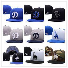 2019 fan royal Nueva moda LA Royal Blue equipada con sombrero plano Ala bordada abanicos béisbol béisbol Sombreros Tamaño LA en campo completamente cerrado fan royal baratos