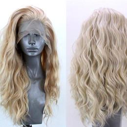 Goldene haarperücken online-Natürliche gewellte Perücke 24in Frauen-Dame Golden Blonde Curly Lace Front Synthetic Hair W10252